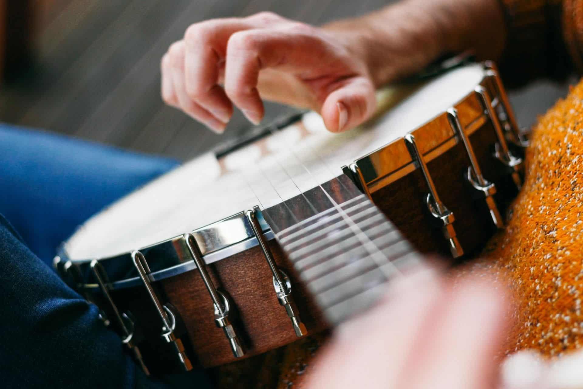 5 string banjo Reviews + Guide