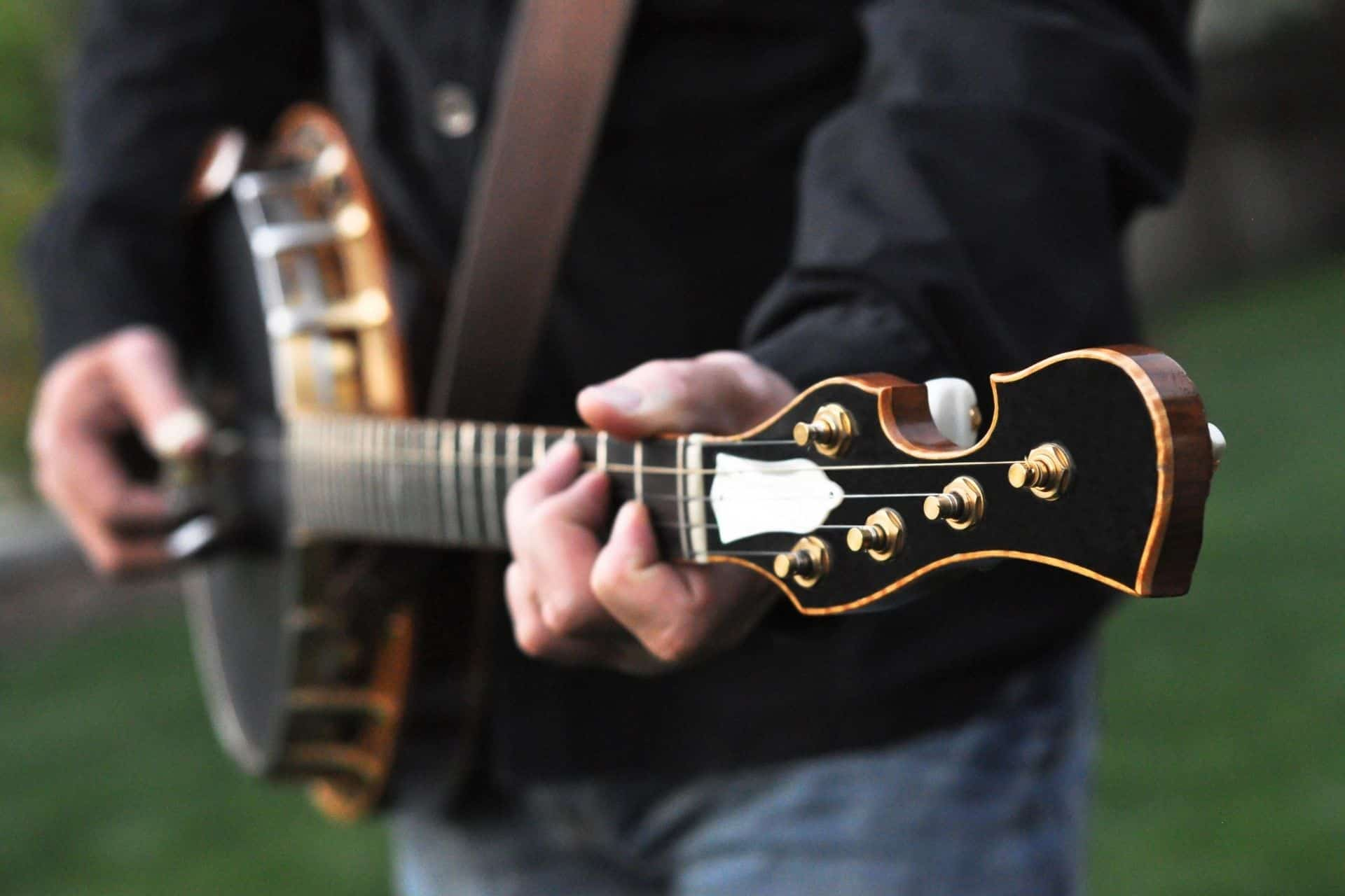 Best Electric Banjo Instrument Reviews and Buying Guide