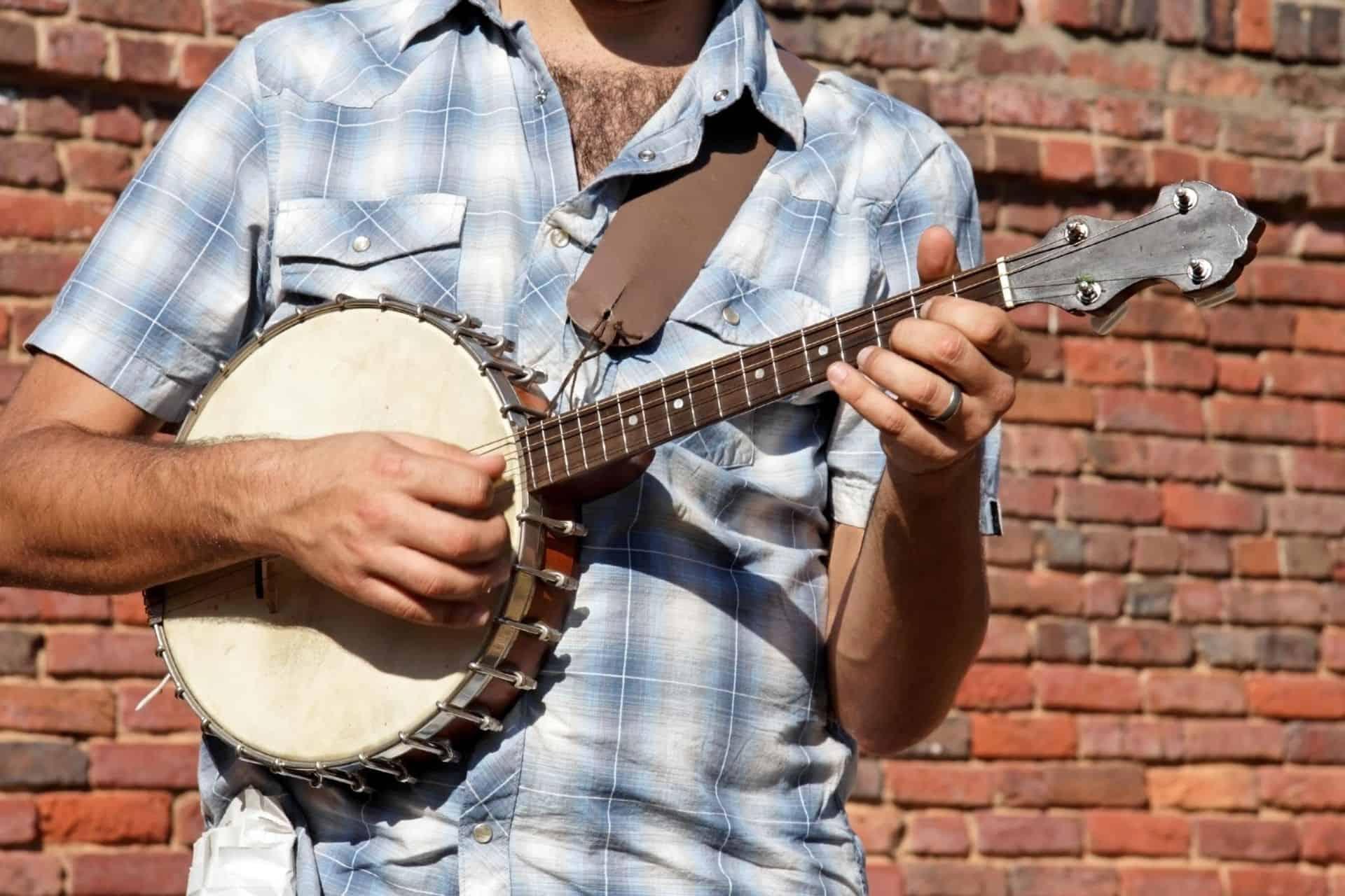 Six String Banjo Review